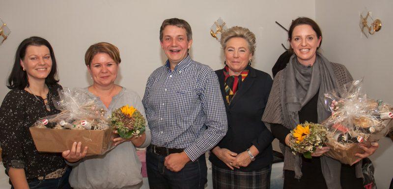 Ein Teil des alten und neuen Vorstandes des Elternvereins der VS Fohnsdorf mit Frau Direktor Eva Schein